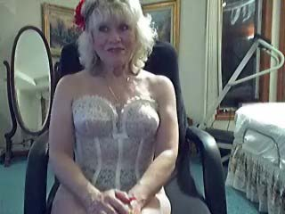 Mommy Helen Phone Sex 40